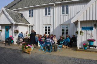 Lensmannsgården - Kafé og overnatting