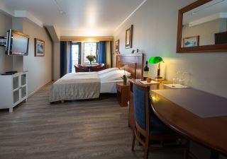 Tinos Hotell