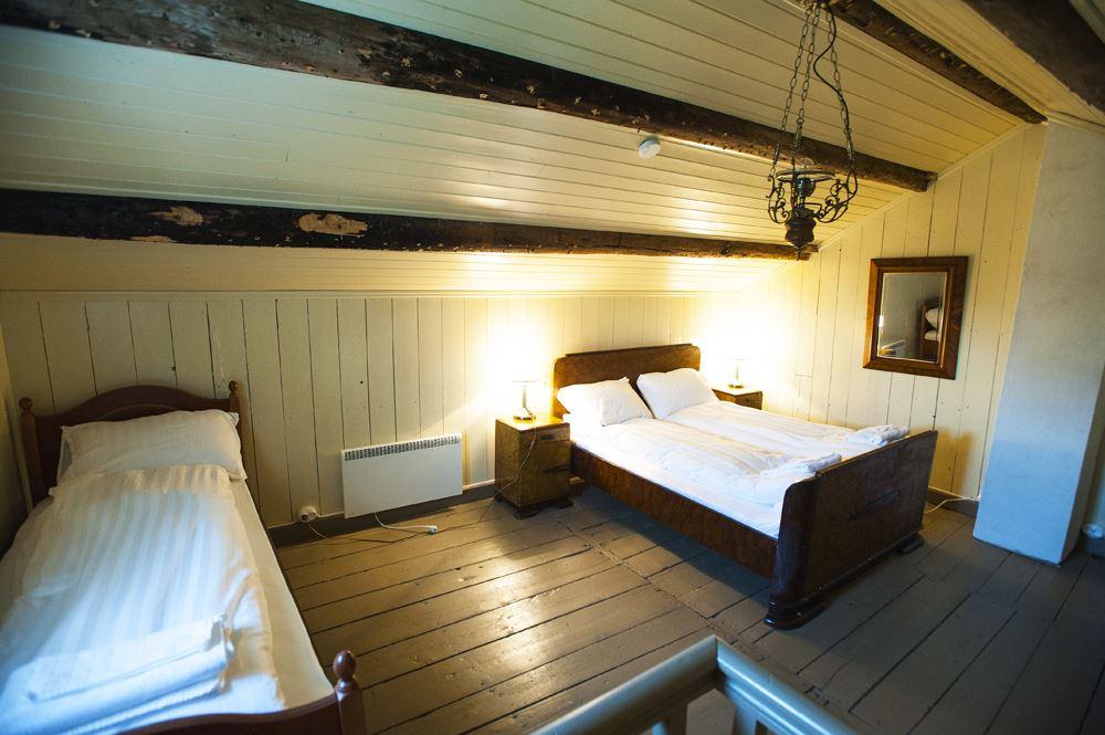 Sov i historiske omgivelser på Støtt Brygge
