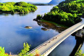 Sykkelturen mellom Namsos og Kolvereid er kupert, men flott !