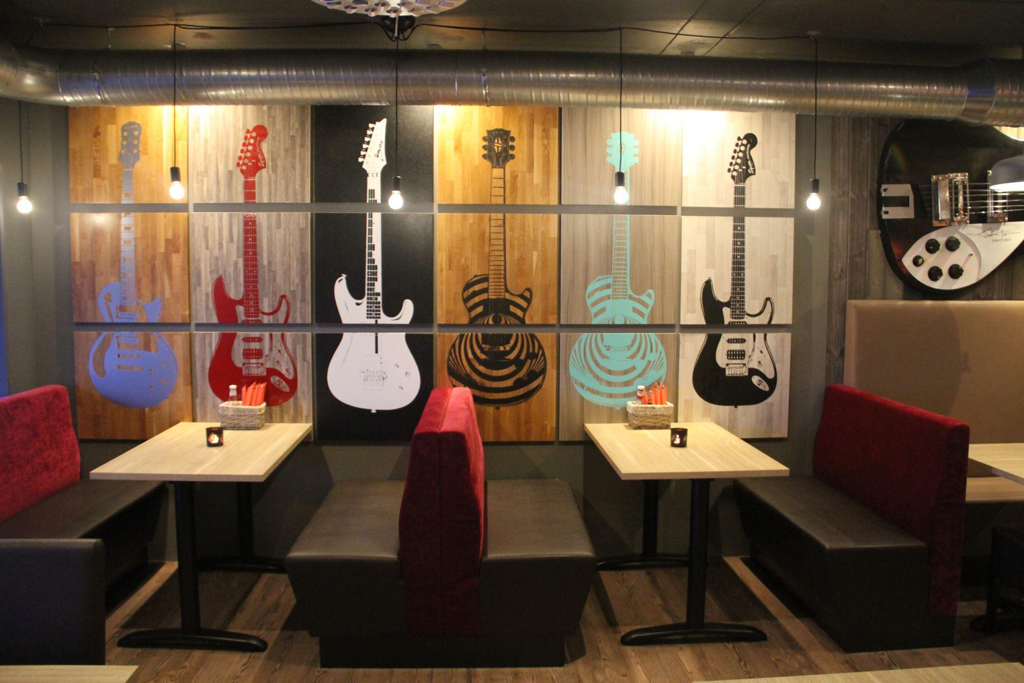 KRED - Pub / Restaurant / Livescene