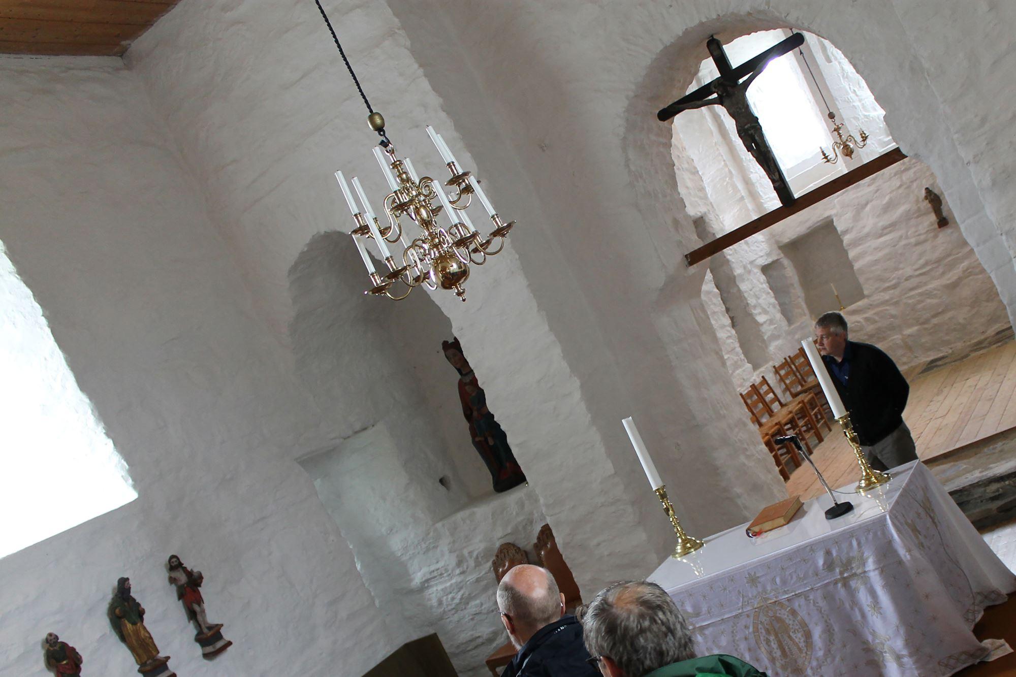 Dønnes Kirke